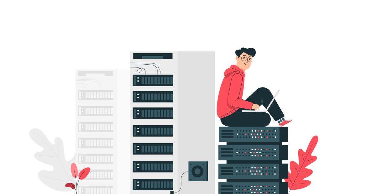 Chico subido a una pila de servidores web